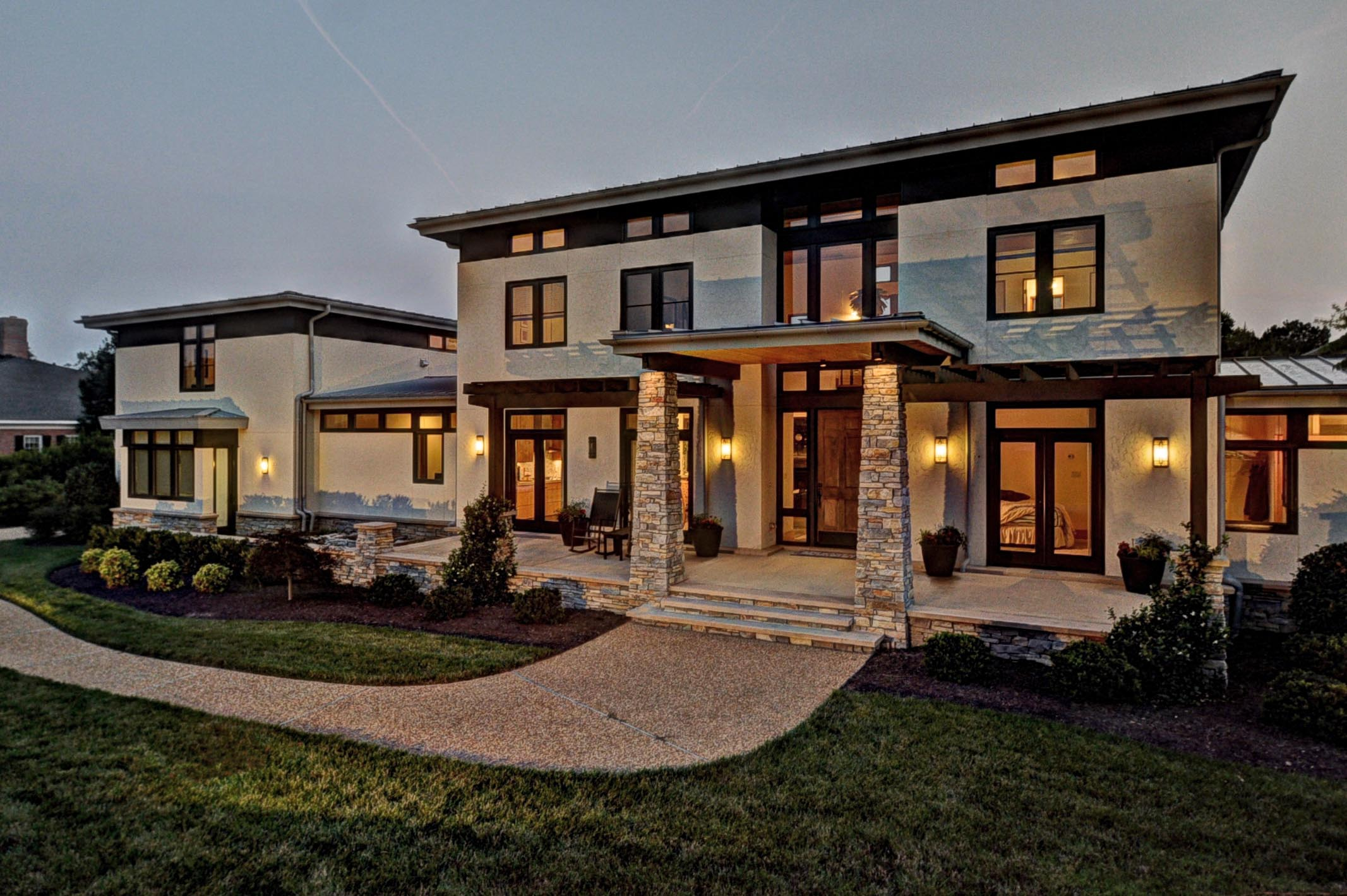 Stunning contemporary residence in kingsmill virginia for Modern house plans 5000 square feet