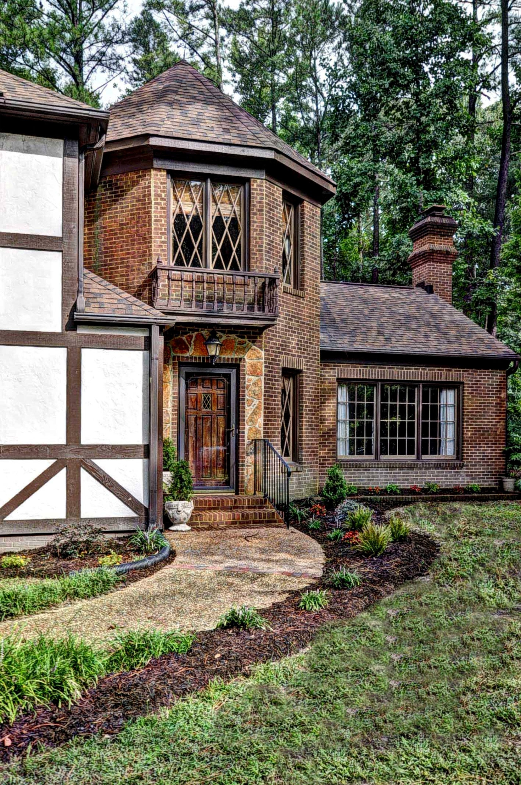 Classic Custom Tudor At Kingsmill In Williamsburg